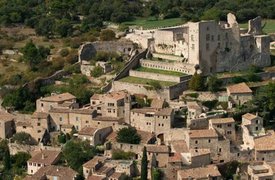 Château de Lacoste en Luberon @ Colombe