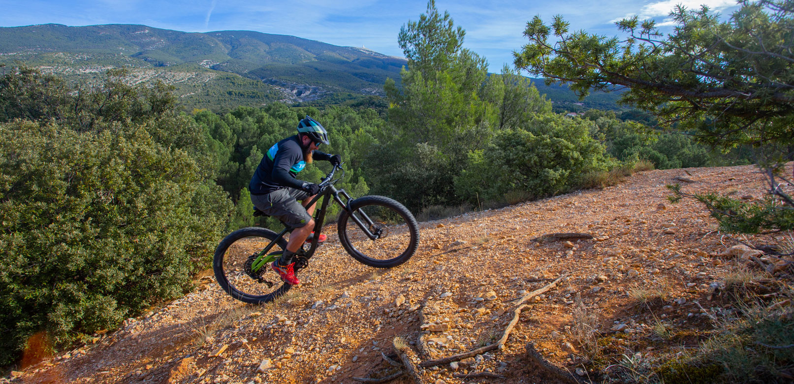 Mountain bike in Vaucluse @ Hocquel