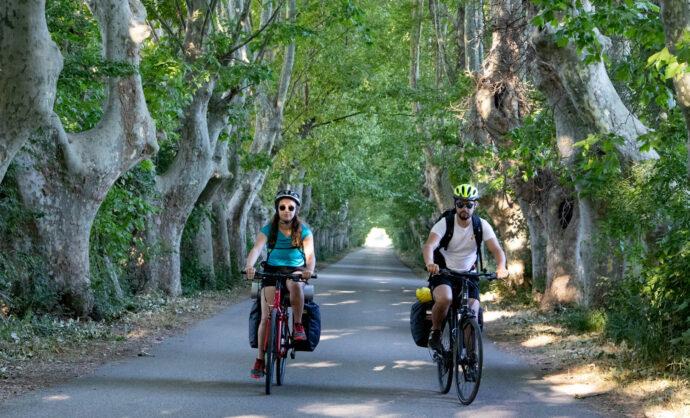 Cyclists - Via Rhona